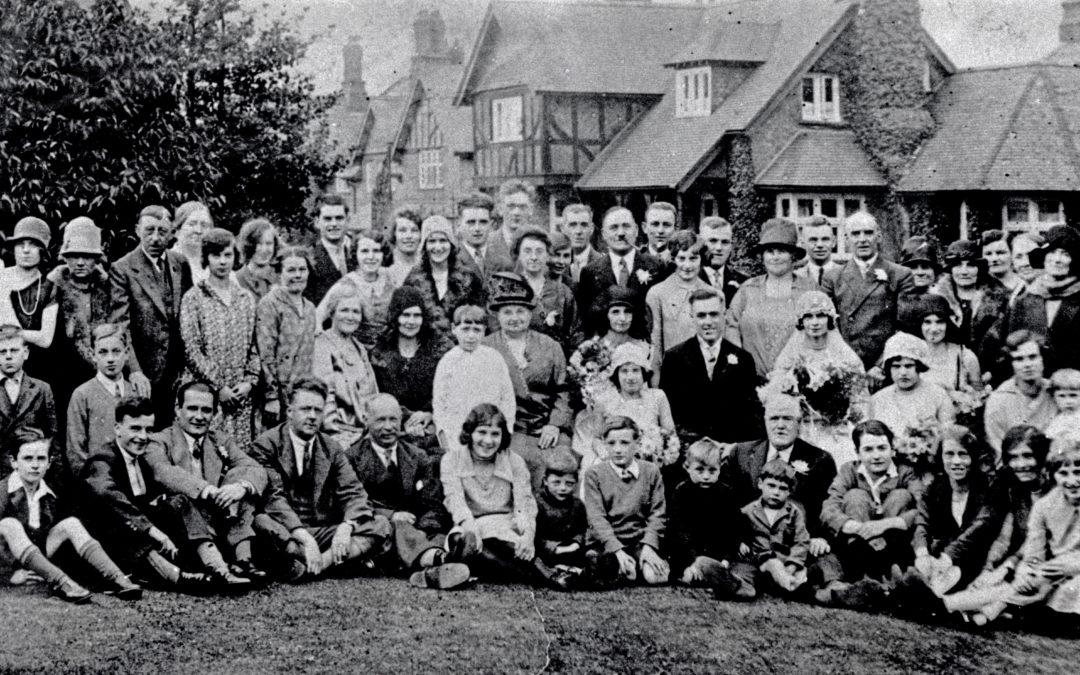 Glenda and George Ellis Wedding Group