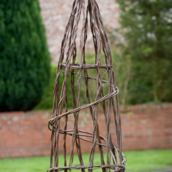 Sold Out.....Willow Obelisk Workshop.  5th March.  6.30 pm to 8.30 pm