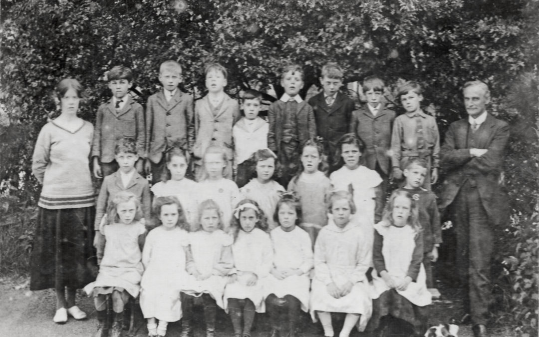 School class of 1920 with Chippy the dog – Mr Butterworth Headmaster