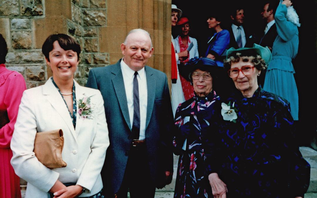 Joan & Gordon Sarginson – Family Wedding 1987
