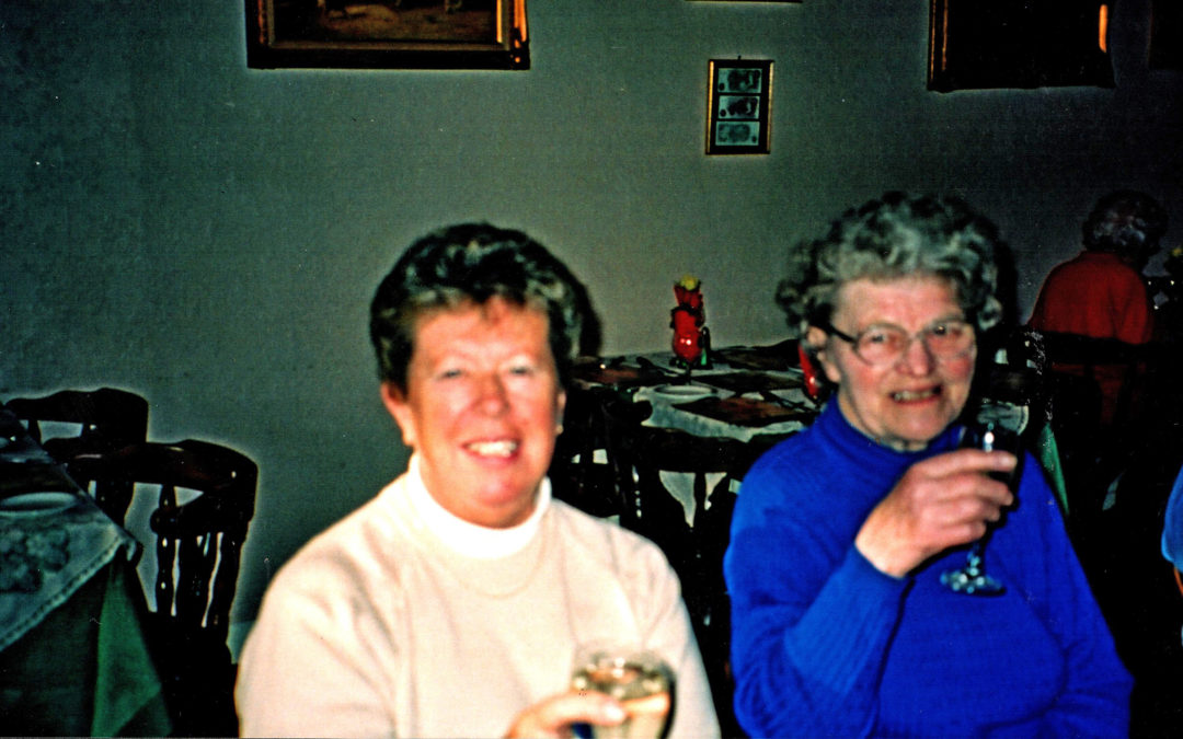 St Leonard's Hospice  Escrick Support Group – lunch at Poskits, c 1999