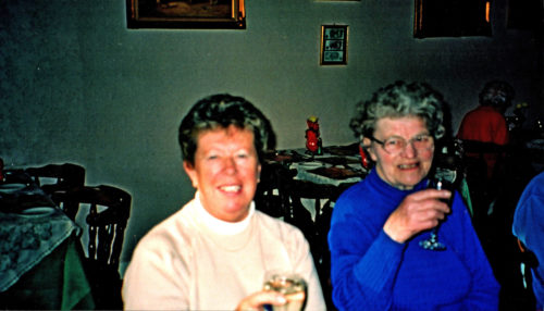 St Leonard's Hospice Escrick Support Group - lunch at Poskits, c 1999